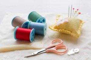 100均の手芸道具って使えるの? 100均の針と手芸店で売っている針の違いを徹底解説します!