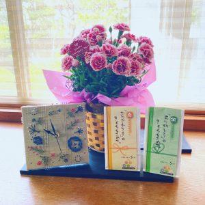 母の日、父の日に喜ばれるコミュニケーションが取れる『花束の贈り物』!!